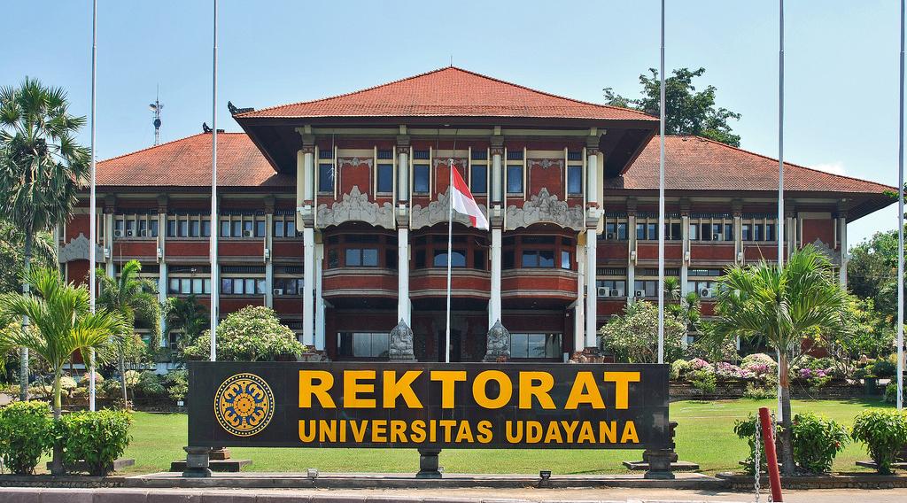 Universitas Udayana - Provinsi Bali cewek dan mahasiswi manis cantik