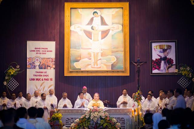 Lễ truyền chức Phó tế và Linh mục tại Giáo phận Lạng Sơn Cao Bằng 27.12.2017