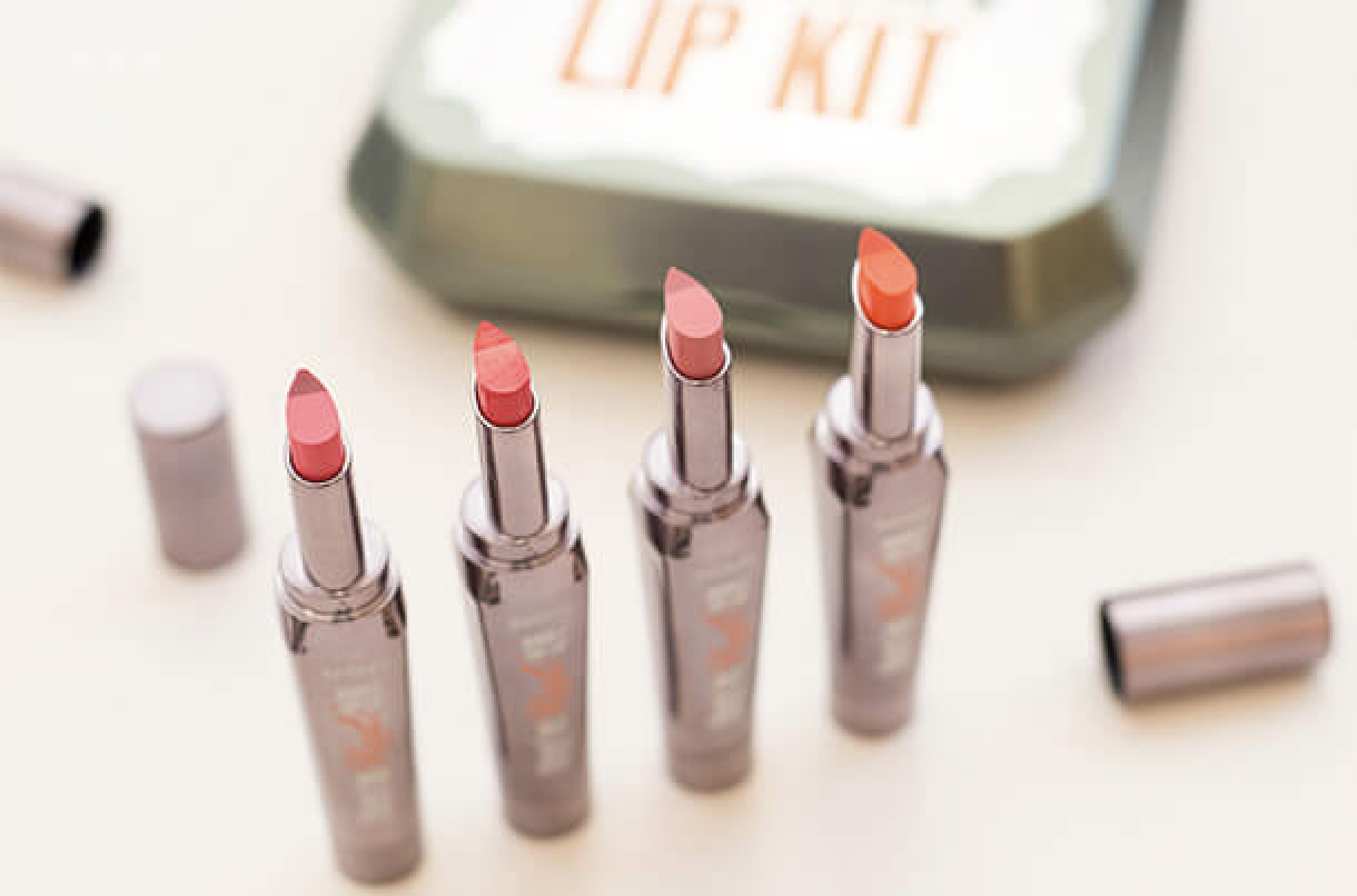 benefit big sexy lip set kit rouges à lèvres et xcontour avis test swatches