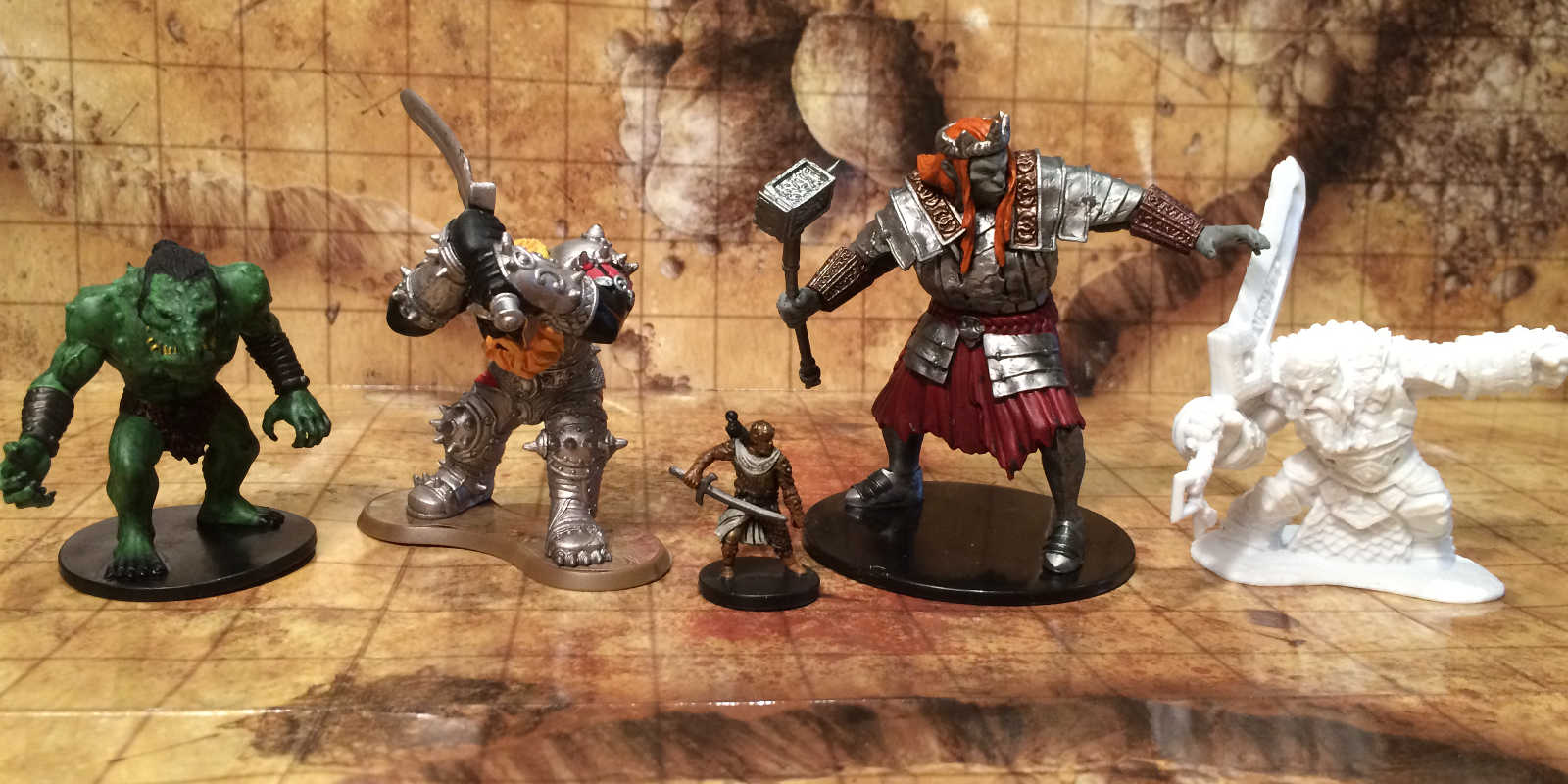 Raging Owlbear: D&D: Giant Miniatures Are Back (and bigger
