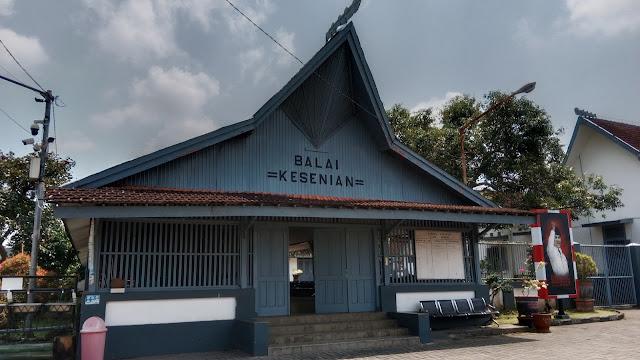 Balai Kesenian Istana Gebang