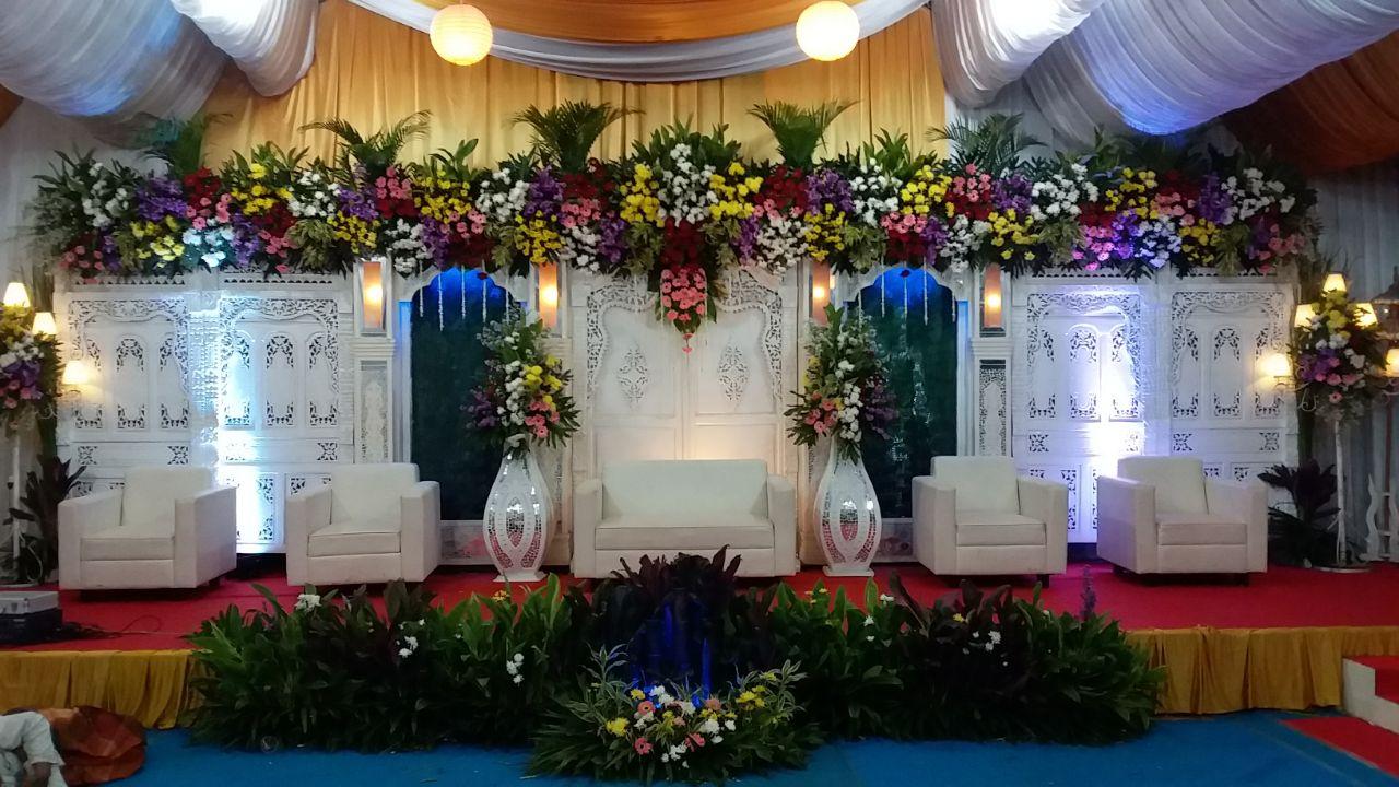 Jasa Vendor Dekorasi Bunga Pelaminan 042