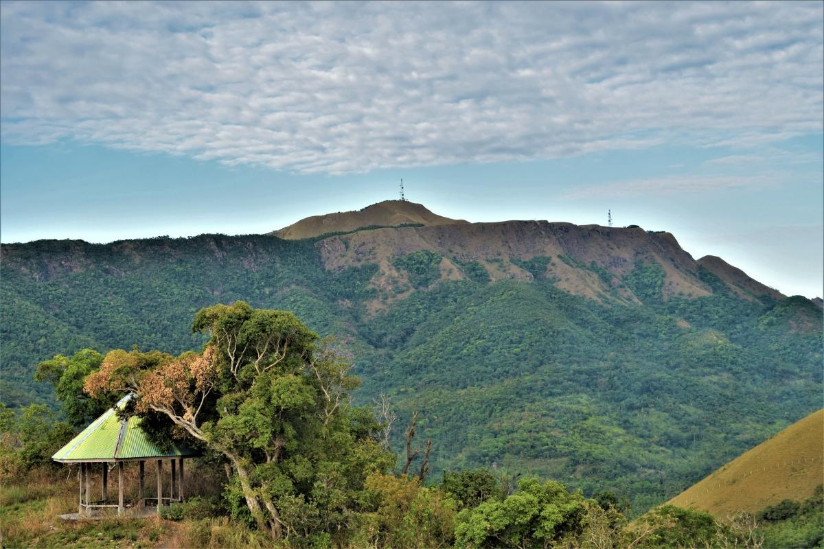 Гора Тапьяс на острове Корон, Филиппины