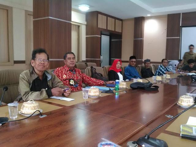 Sampaikan Aspirasi di DPRD Wajo, Pedagang Pasar Siwa Tuntut Haknya dan Minta DP Transparan Pembagian Ruko