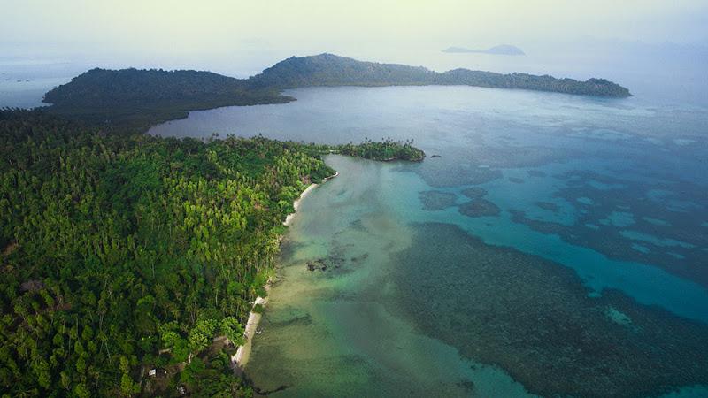 Wisata Pantai di Natuna yang Mempesona