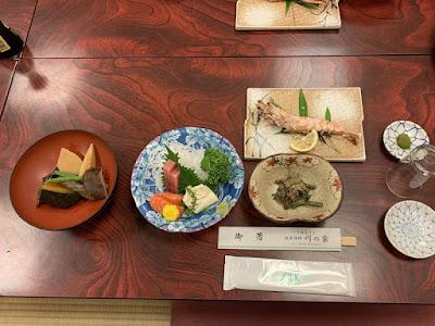 川の家 夕食