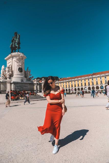 Alicia Mara at The Commerce Square, Praça do Comércio | Tips and Tricks