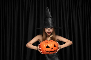A verdadeira historia do halloween resumida.