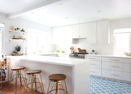 white marble kitchen countertops pictures