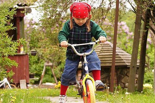 Cómo Enseñar A Un Niño A Usar La Bicicleta: Noti Bici: Enseñando A Los Niños A Manejar Bicicleta