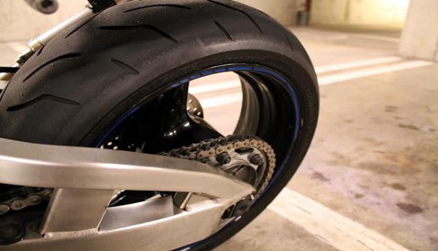 Tips Merawat Ban Sepeda Motor Agar Tetap Awet