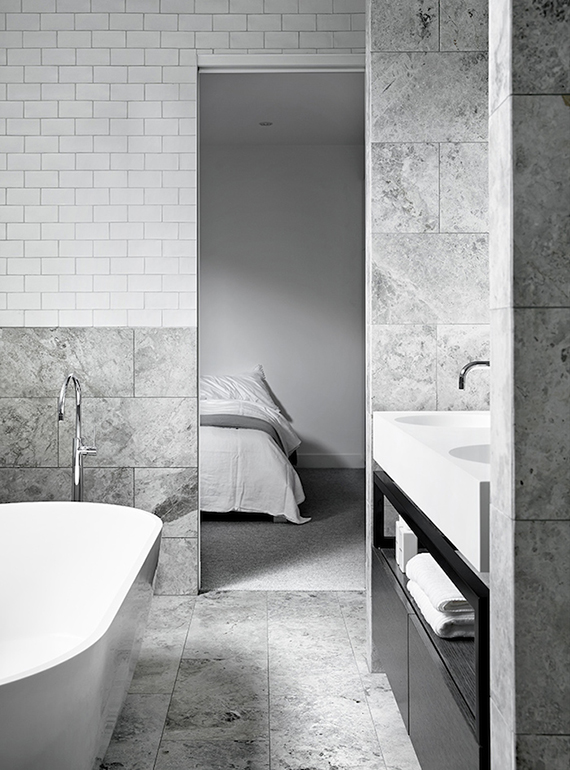 Minimalistic bathroom by Mim Design. Photo by Sharyn Cairns