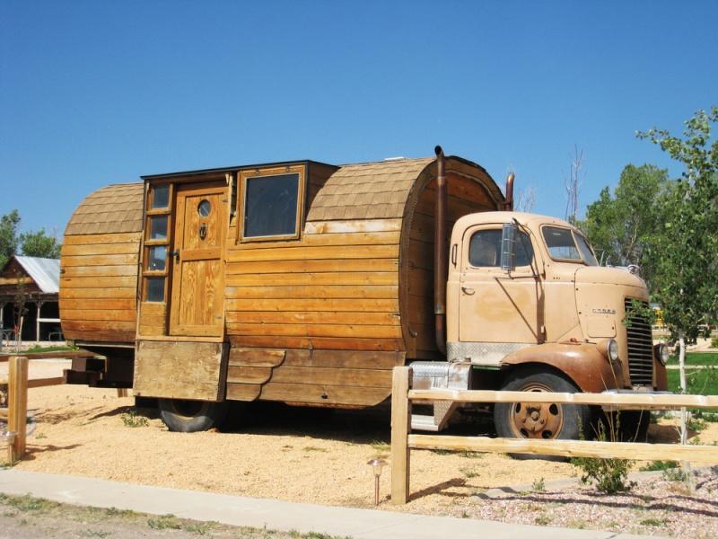 le camping car passe partout 01 24 12. Black Bedroom Furniture Sets. Home Design Ideas