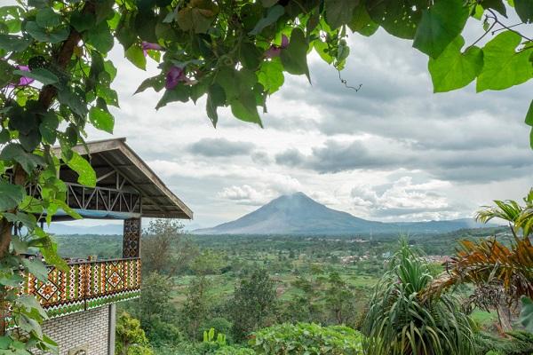 Tujuan Wisata di Sumatera Utara Yang Wajib dikunjungi Berastagi - Tujuan Wisata di Sumatera Utara Yang Wajib dikunjungi
