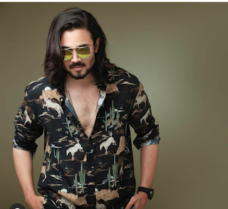 Bhuvan Bam biography, age, net worth, family, facts & more