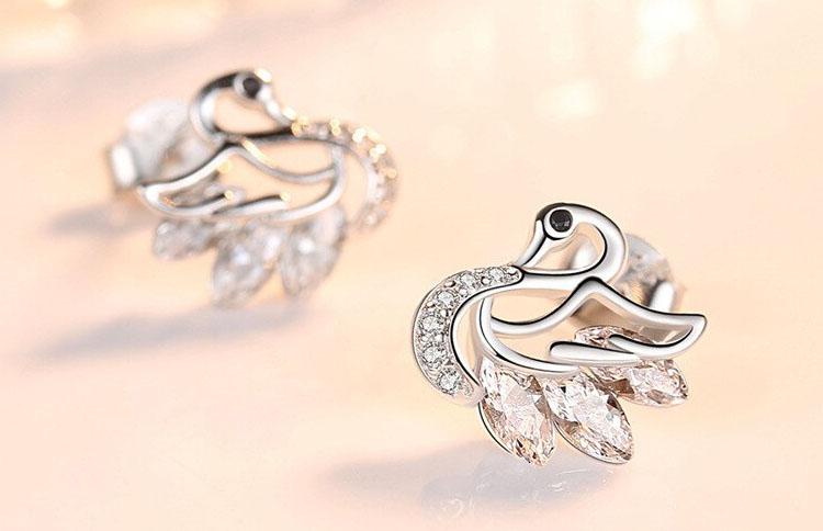 唯美天鵝鍍銀水晶鋯石耳環