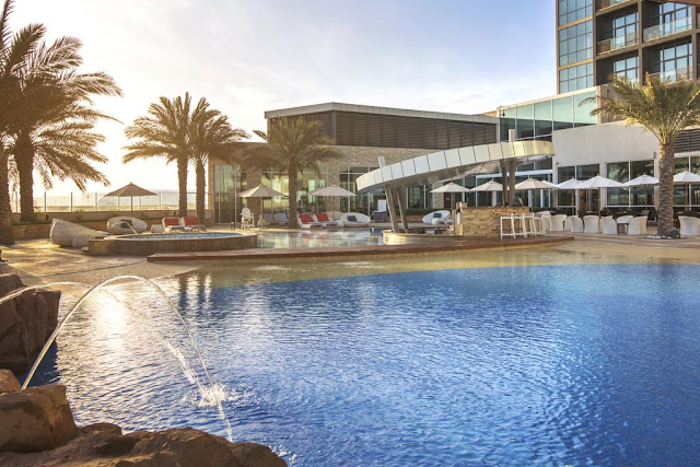 فندق ياس روتانا أبو ظبي من أهم معالم السياحة في أبو ظبي