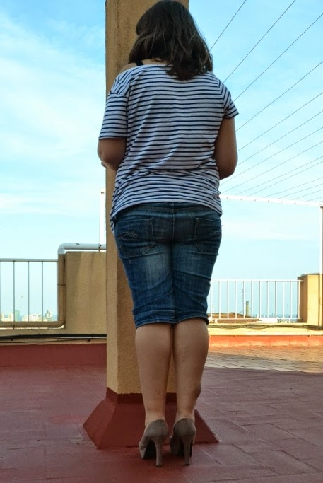 crushandtrampling: Trampling with high heels and jeans