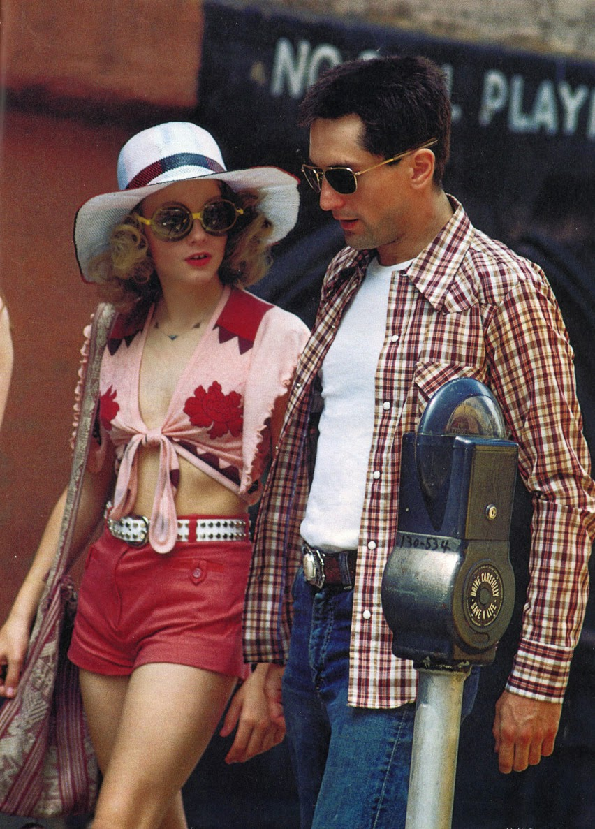 22 Vintage Photos of a Young and Beautiful Jodie Foster on the Set of Taxi Driver 1976