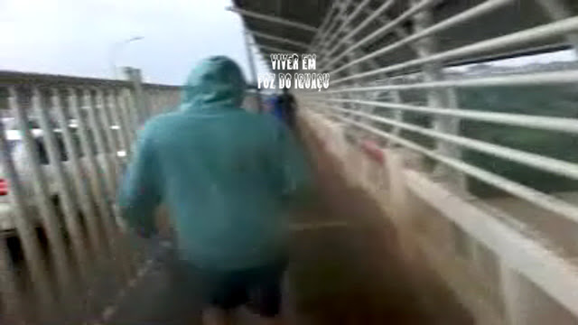 Tormenta na Ponte da Amizade