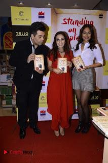 Sonakshi Sinha Karan Johar at Aishwarya Rajinikanth Standing on an Apple Box Book Launch Event  0059.jpg