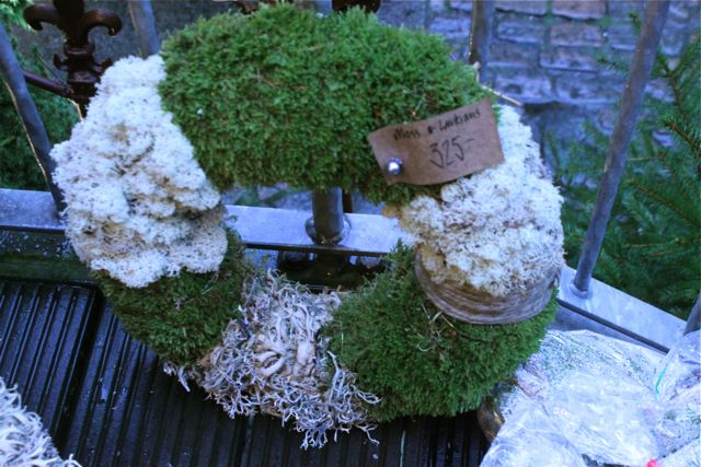 At Floramor and Krukatos there are mossy wreaths and vintage Christmas decorations, gothenburg, sweden