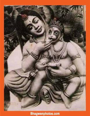 Hanuman Ji With Maa
