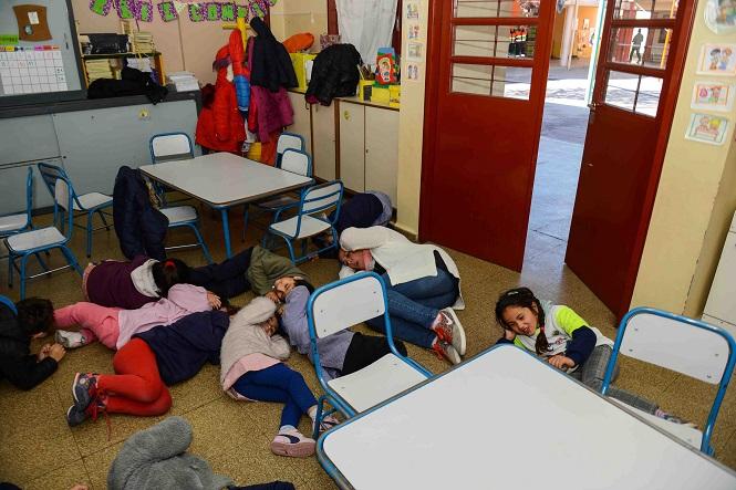 Más de mil directivos y docentes se capacitaron en la realización del simulacro de sismo en las escuelas