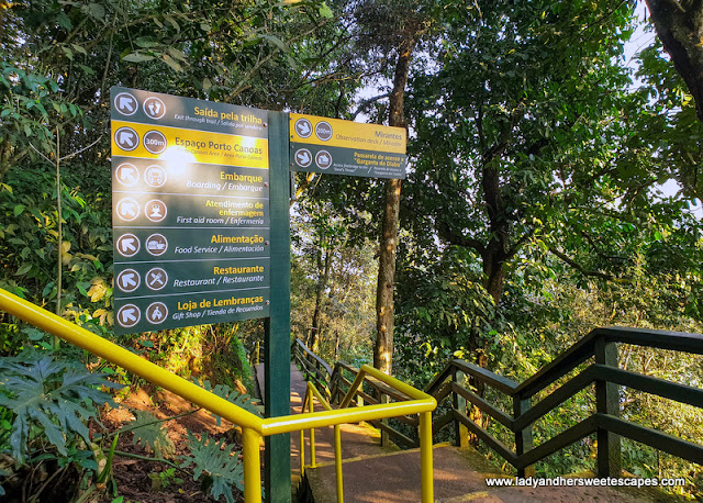 The walking trail to Iguazu Falls