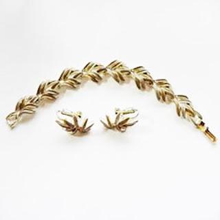 Enamelled jewellery set by Jewelcraft