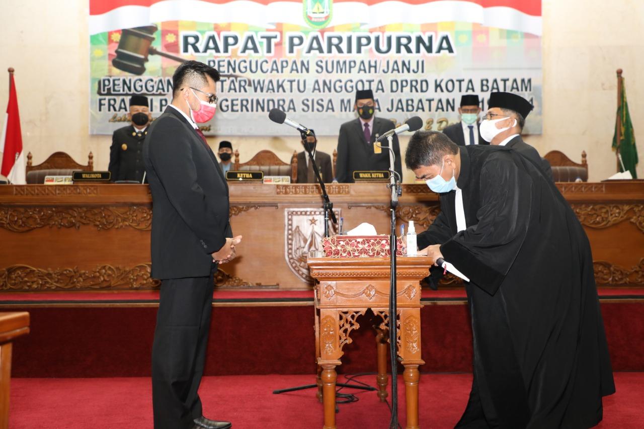 Capt Luther Jansen Resmi Menjabat Sebagai Anggota DPRD Batam