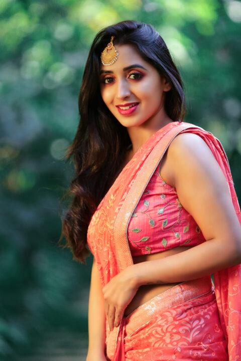Nisarga Lakshman Gowda Navel Photos Actress Trend