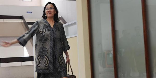 "Perekonomian Nasional Bangkrut, Sri Mulyani Melarikan Diri Lewat ""Pintu Darurat"""