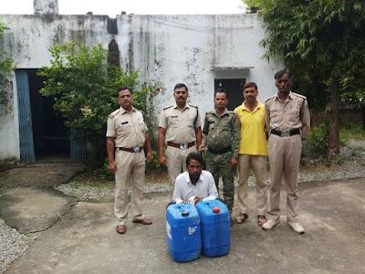 सुनारी चौकी पुलिस ने अबैध शराब सहित आरोपी को किया गिरफ्तार | Karera News