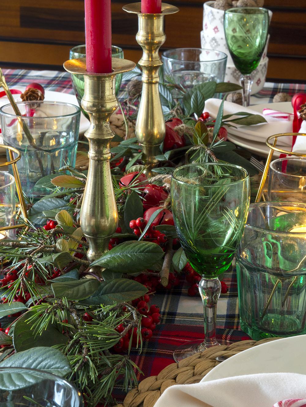 Nuestra mesa navideña en cuadros escoceses12