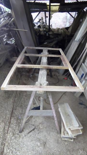 Proses dan Cara Cepat Membuat Pintu Triplek Proses dan Cara Cepat Membuat Pintu Triplek