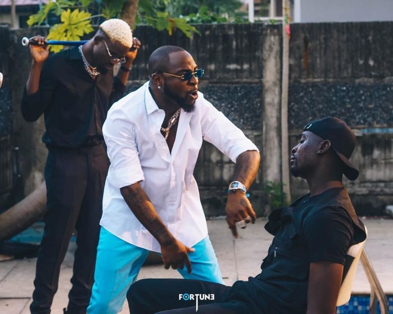 "[Video] Ajebo Hustlers – ""Barawo"" (Remix) ft. Davido #Arewapublisize"