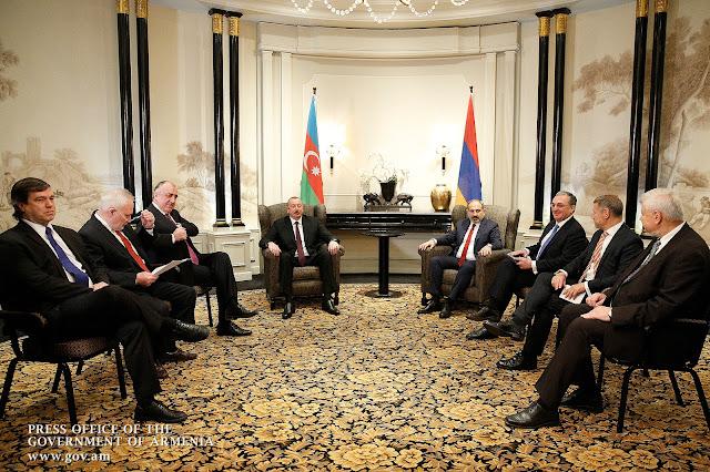 Pashinyan cuenta a Putin la reunión que tuvo con Aliyev