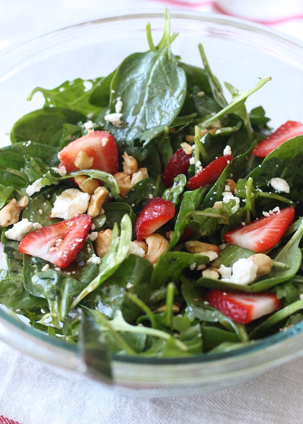 Strawberry-Spinach Salad with Japanese Seven Spice Vinaigrette by SeasonWithSpice.com