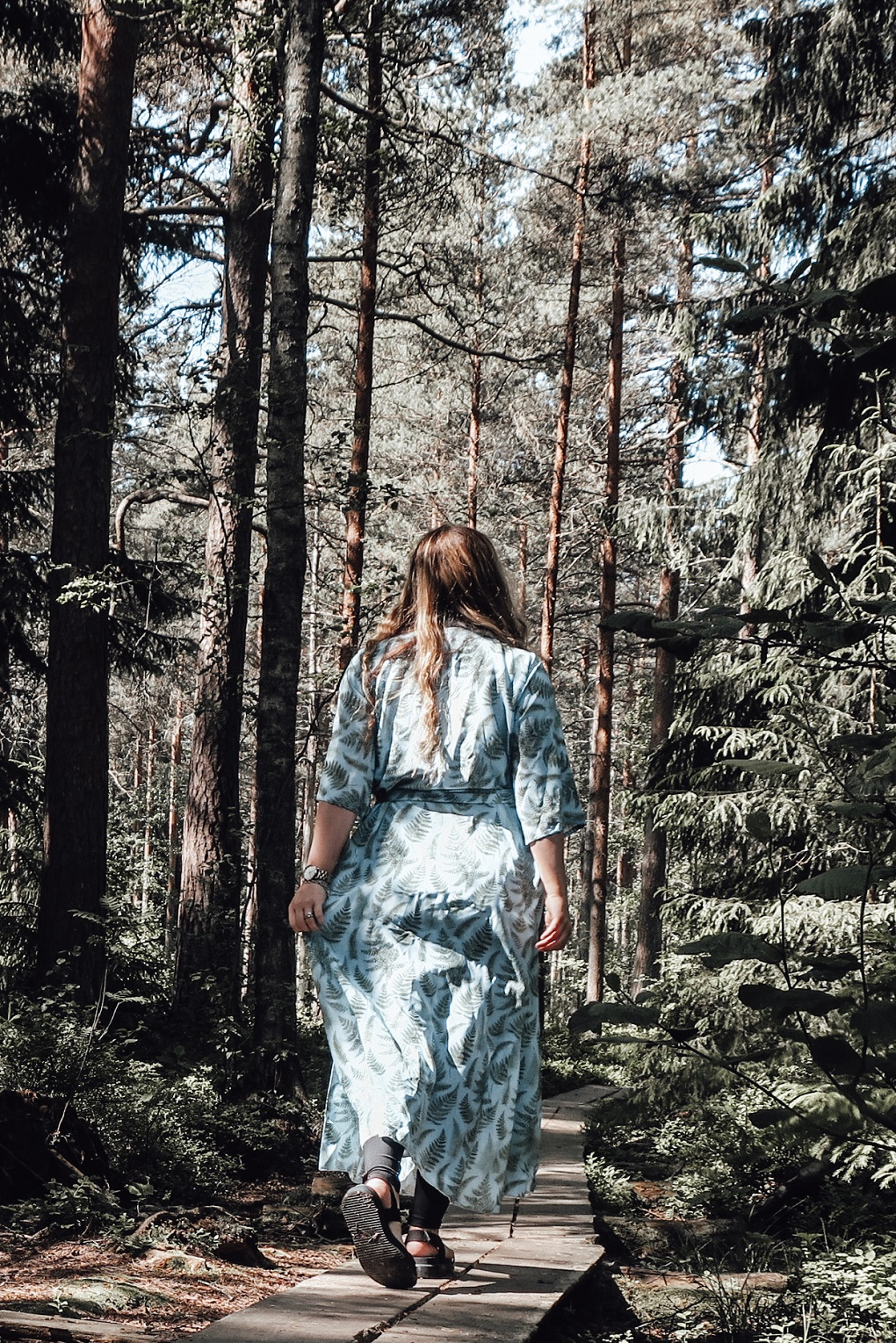 Introducing the perfect timeless dress for Nordic summer: Lili Marleena elisabeth rundlof