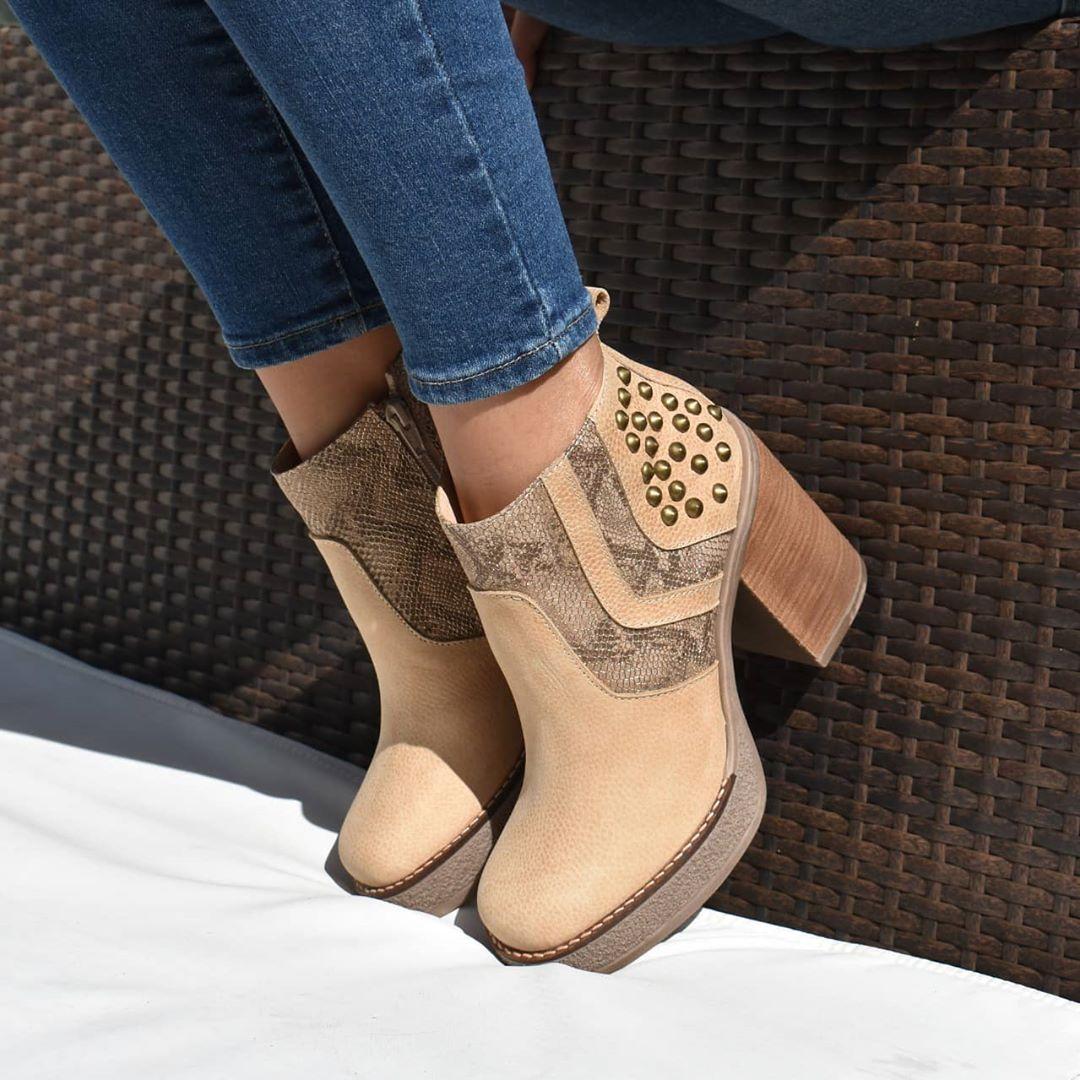 Moda invierno 2020 mujer botas de cuero invierno 2020.