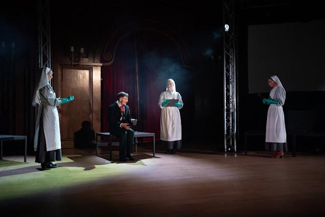 Bartok: Bluebeard's Castle - Carmine de Amicis, Alice Usher, Katherine MacRae, Charlotte Osborn- Gothic Opera (photo Nick Rutter)