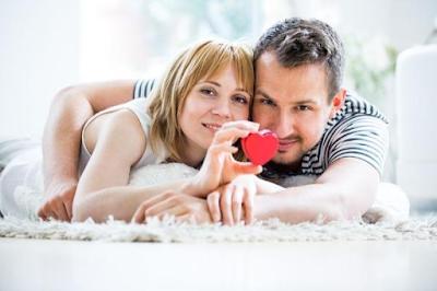 4 Kunci Hubungan Sepasang Kekasih Bertahan Lama