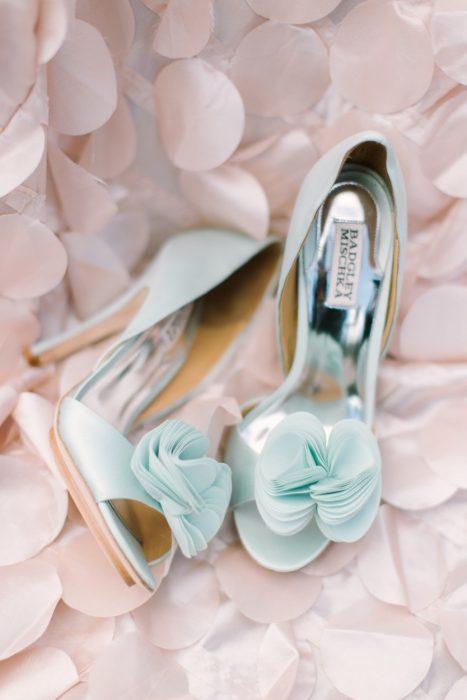 zapatos de novia celeste