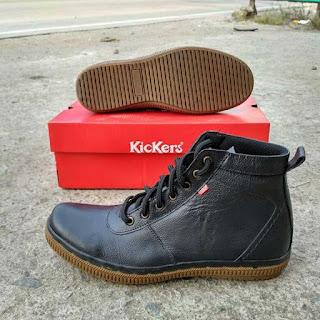 sepatu kickers boot coklat tua