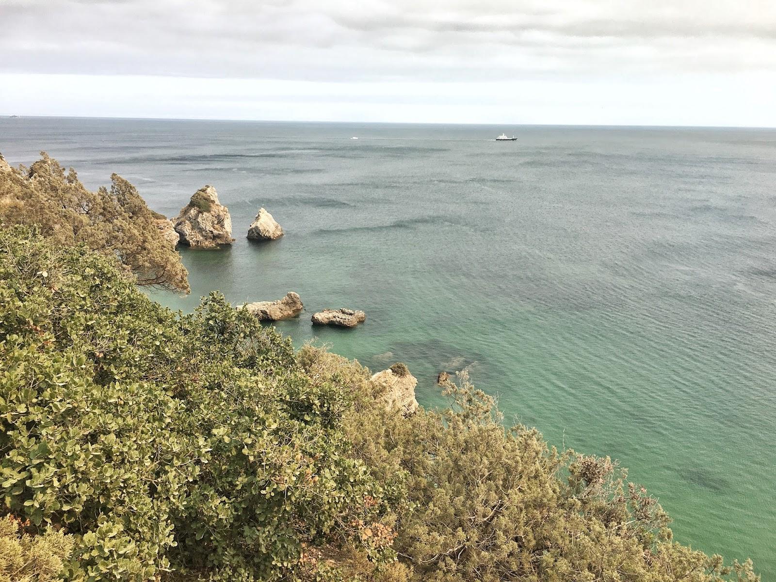 Praia da Ribeira do Cavalo, Sesimbra, Portugal, pláže u Lisabonu