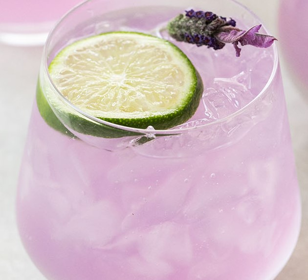 LAVENDER GIN AND TONIC PUNCH #drinks #summer