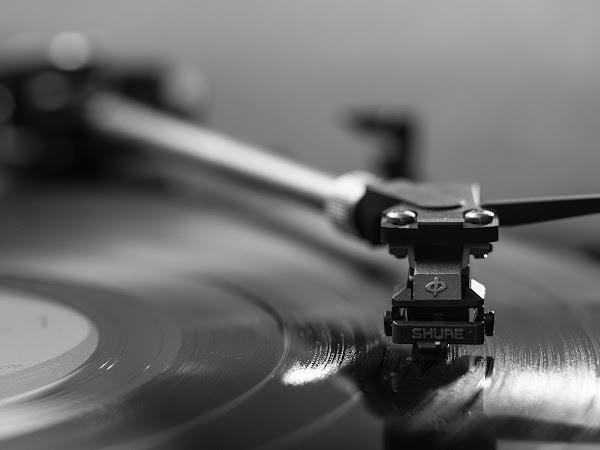 Backsound Musik Latar Instrumental Rekomendasi Favorit
