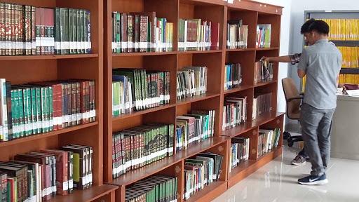 Perpanjangan Masa Peminjaman Buku di Perpustakaan Fdikom Kini Bisa Lewat Daring