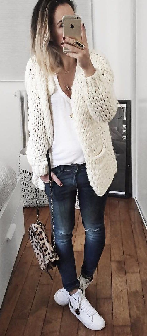 casual style obsession : white knit cardigan + top + rips + bag + sneakers